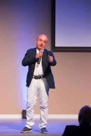 Il comico Paolo Cevoli si esibisce a tema pallavolo