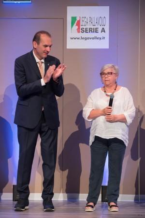 Silvana Pistelli insieme a Righi per la consegna del Premio dedicato ad Adelio Pistelli