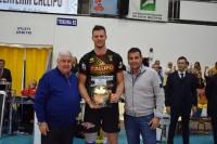 Premio di Lega a Pieter Verhees, miglior centrale della regular season 16-17, consegnatogli da Pippo Callipo e Gianlorenzo Blengini