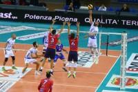 Attacco dello schiacciatore Michele Marinelli - GoldenPlast Potenza Picena