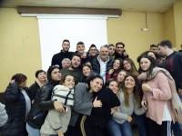 Andrea Lucchetta venerdì 26 con i ragazzi dell'Istituto Lenoci
