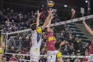 a rete tra Zamagni Matteo (monini) e Paolucci Adriano (Roma volley)