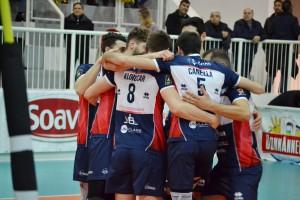 Il Piacenza festeggia la vittoria del primo set