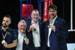 La dirigenza piacentina con l'ex campione Hristo Zlatanov