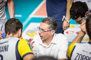 coach Tardioli da input ai suoi (monini)