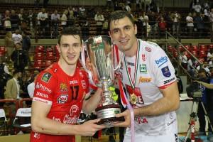 Balaso e Sokolov col Trofeo