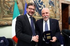 Giancarlo Giorgetti premia la Lega Maschile