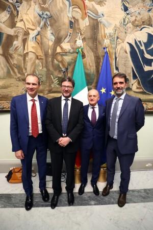 L'AD Massimo Righi con Giancarlo Giorgetti, Piero Rebaudengo e il segretario FIPAV Alberto Rabiti