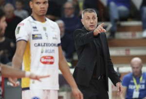 coach Stoytchev