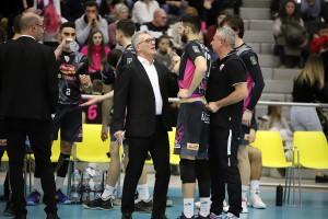 Coach Zambonin a colloquio con Lazzaretto
