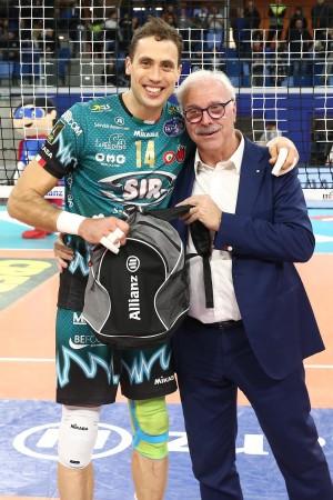 ATANASIJEVIC PREMIATO MVP