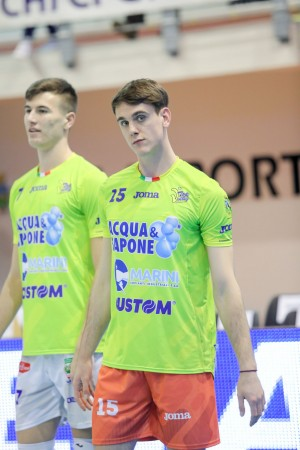 ANDREA RONDONI TOP VOLLEY