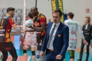 Coach Juan Manuel Cichello