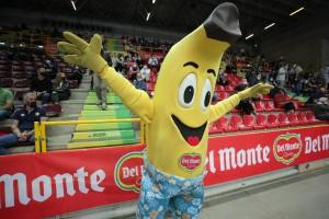 Mascotte Del Monte Mr. Banana, abbraccio