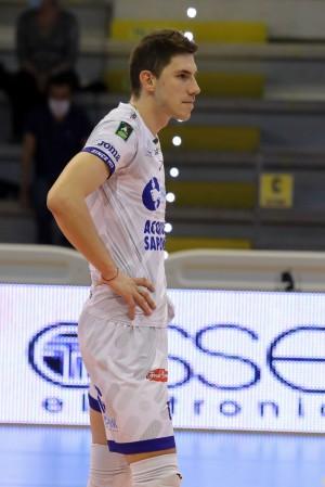 seganov top volley