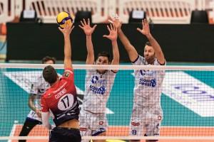 Muro Rossi Seganov Top Volley - Attacco Clevenot Piacenza