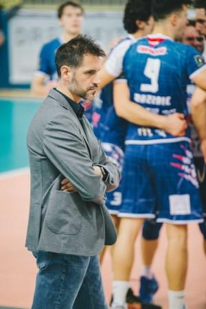 Coach Simeon