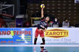 Prisma Taranto: Fabrizio Gironi in battuta - foto Avio