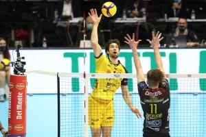 Luca Vettori in attacco