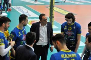 coach Cruciani Durante il time out
