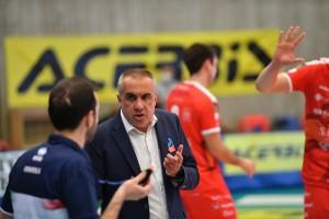 Coach Serniotti
