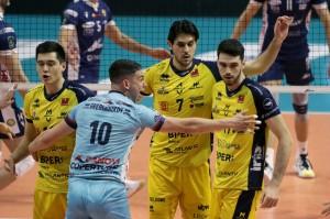 I giocatori di Modena esultano